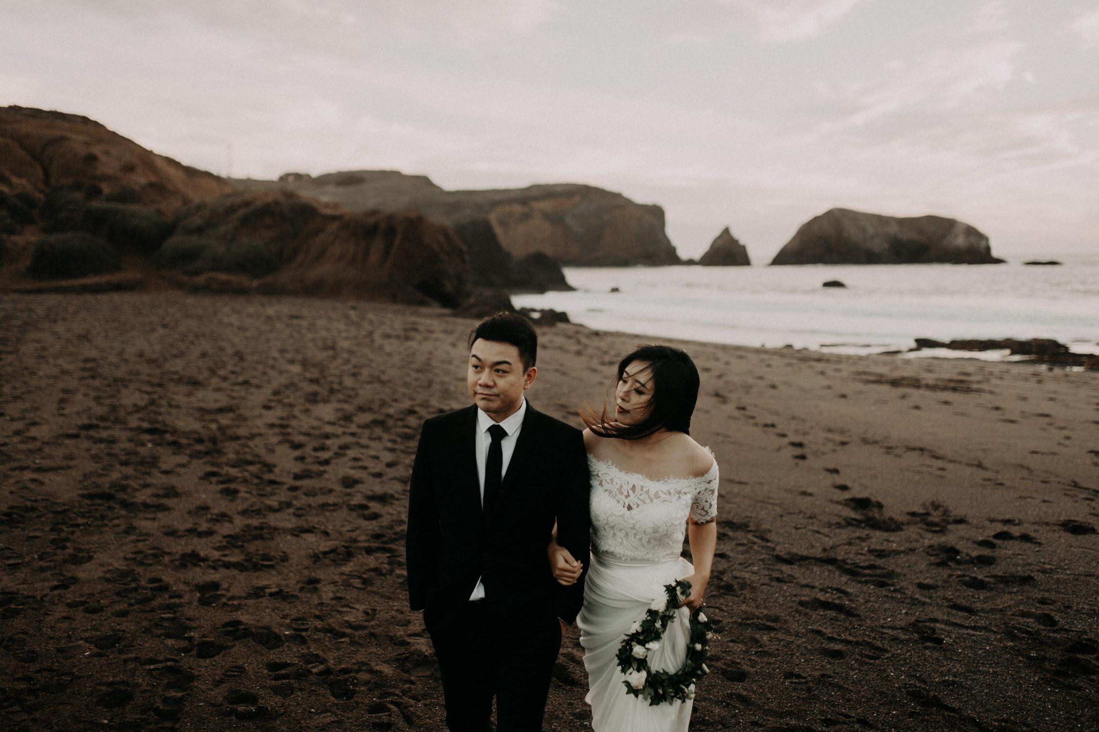 couple-engagement-marin-headlands_0093.jpg