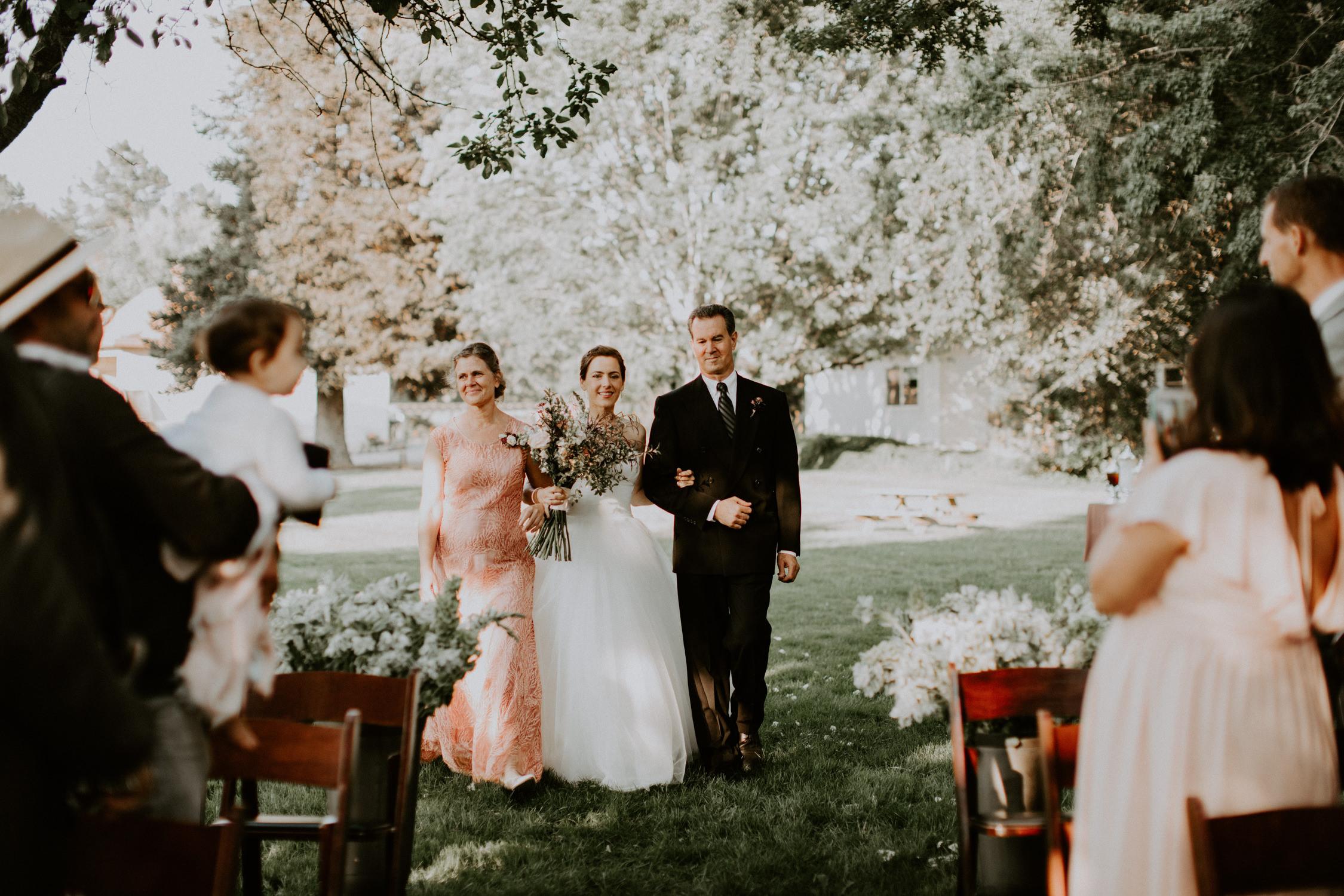 couple-wedding-marin-french-cheese-petaluma-california_0059.jpg
