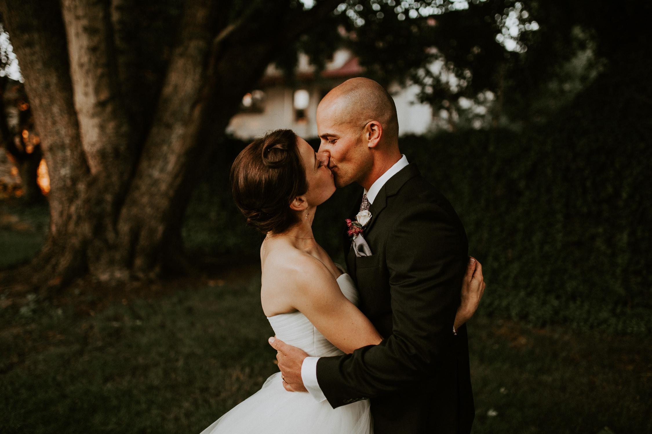couple-wedding-marin-french-cheese-petaluma-california_0086.jpg