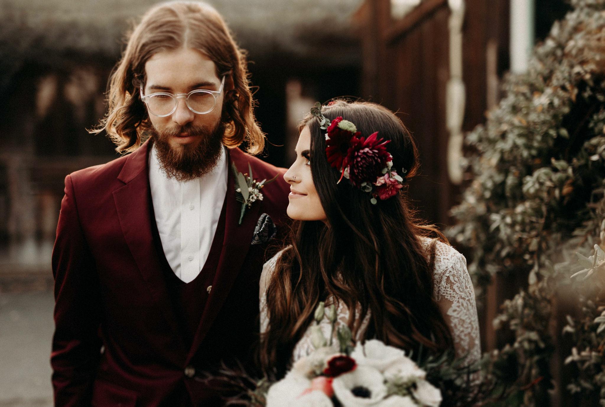 couple-wedding-indie-wedding-northern-california-74.jpg