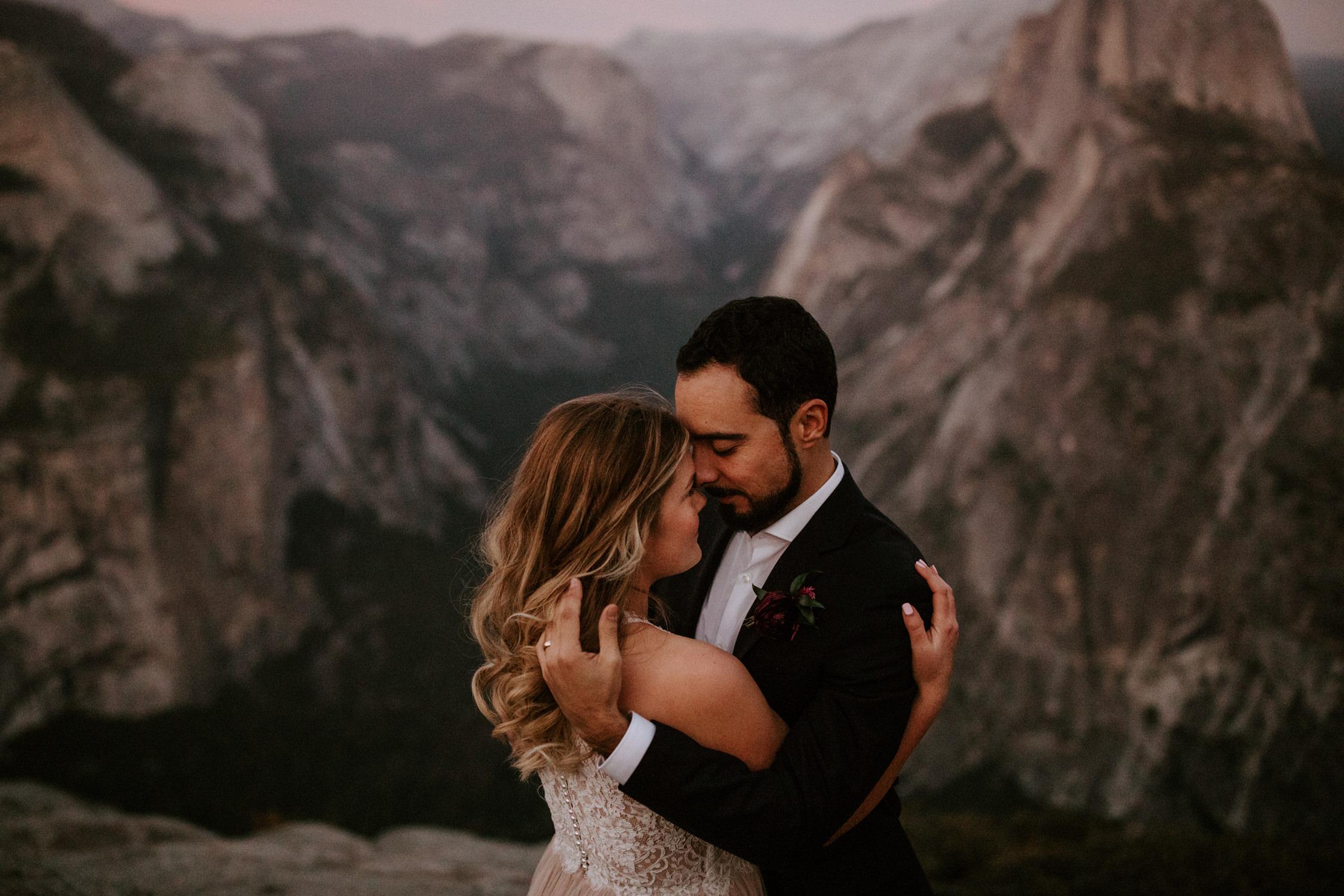 couple-elopement-yosemite-california_0099.jpg