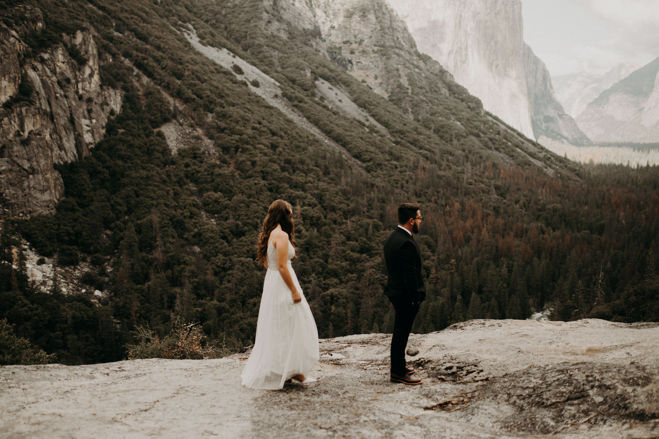 intimate-couple-elopement-yosemite-21.jpg