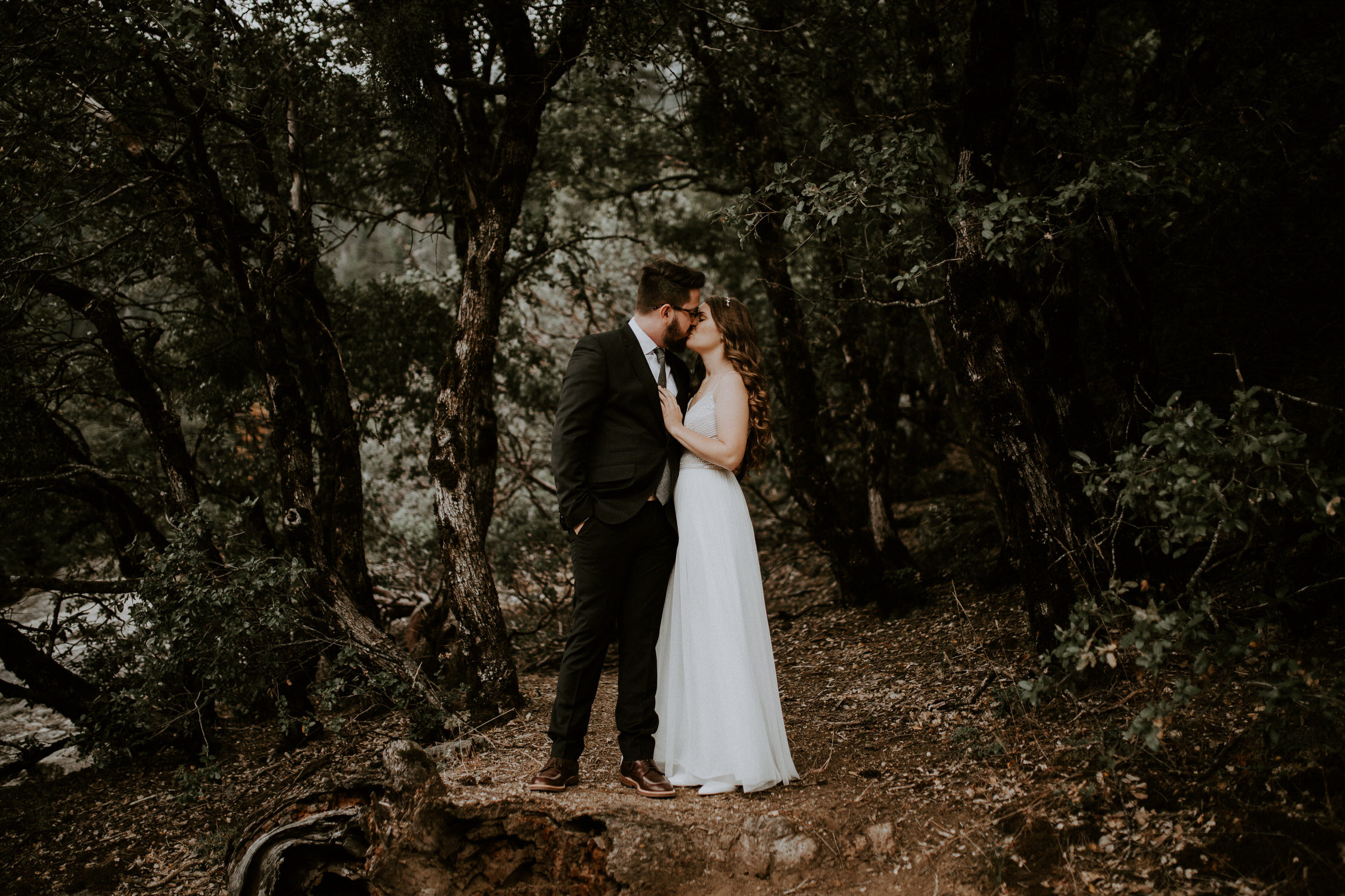 intimate-couple-elopement-yosemite-58.jpg