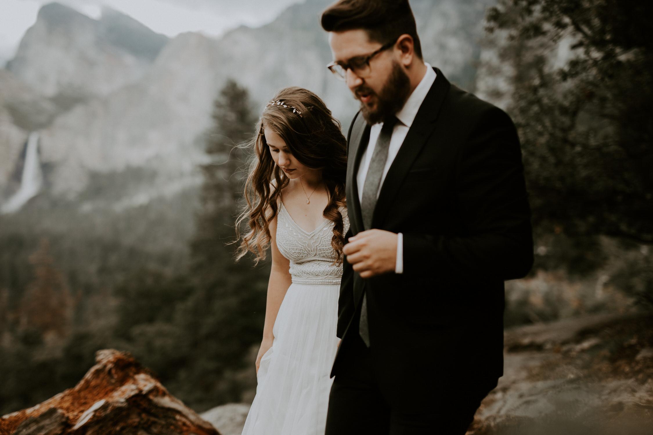 intimate-couple-elopement-yosemite-61.jpg