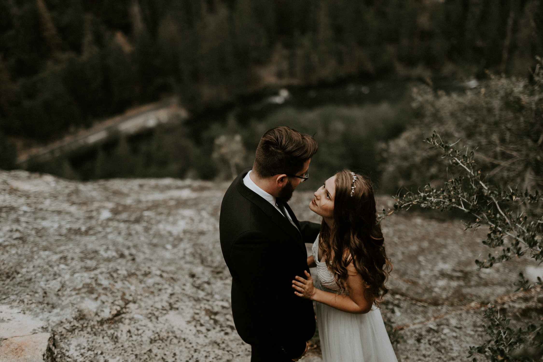 intimate-couple-elopement-yosemite-72.jpg