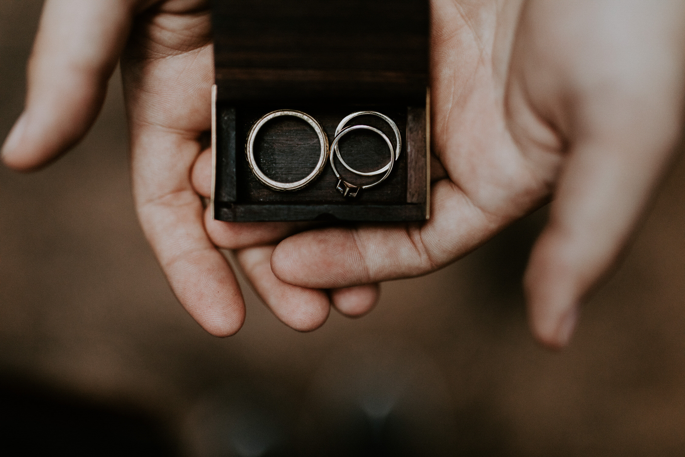 intimate-couple-elopement-yosemite-84.jpg
