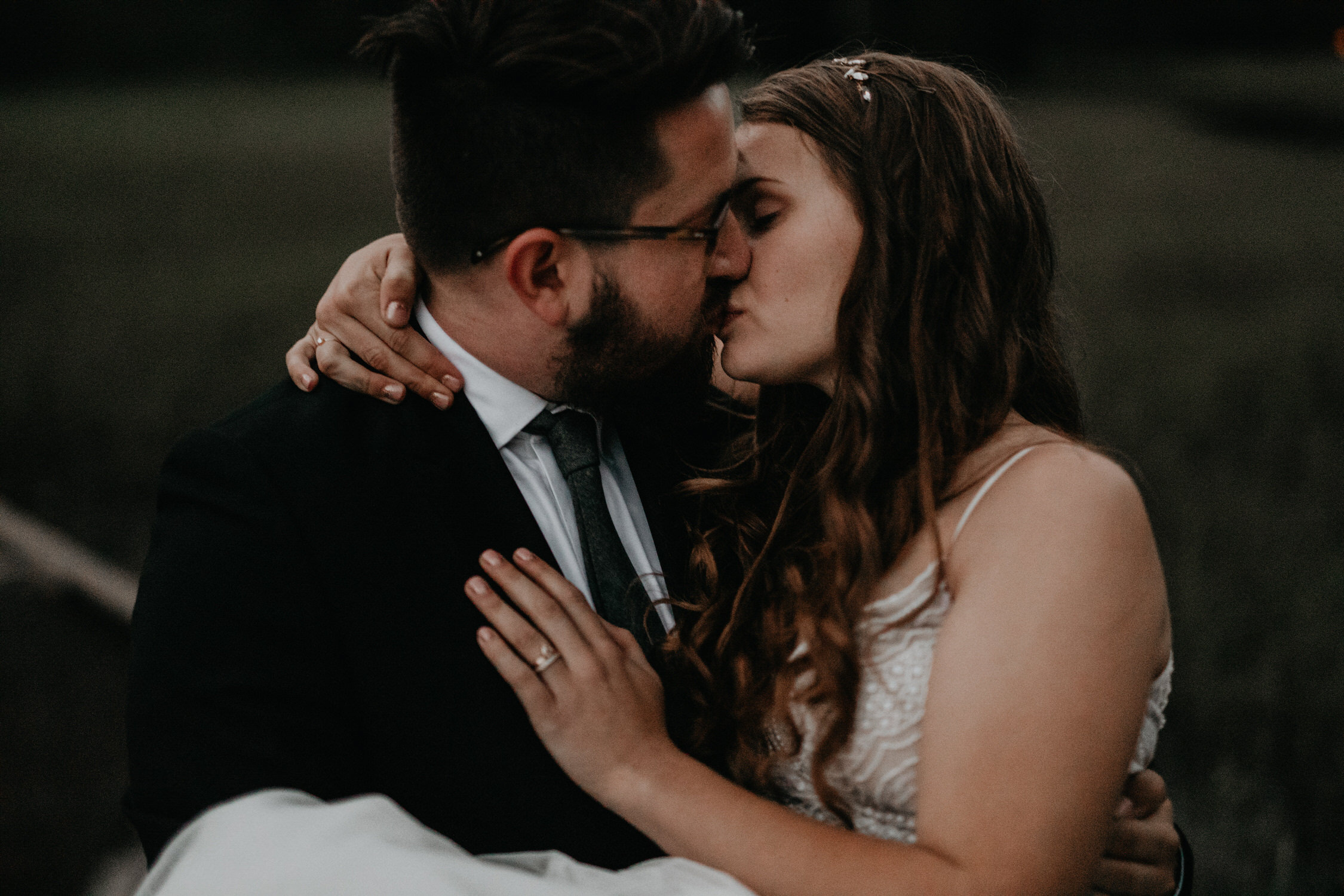 intimate-couple-elopement-yosemite-178.jpg