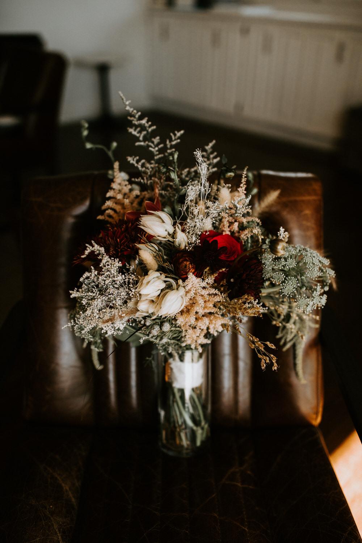 couple-intimate-wedding-northern-california-4.jpg