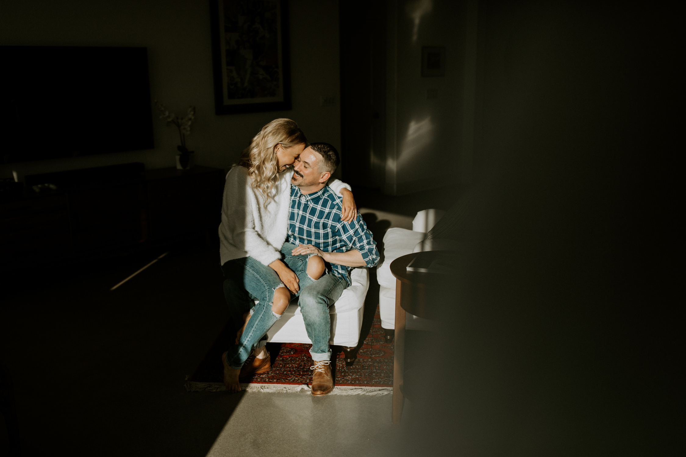 couple-intimate-in-home-session-northern-california-2.jpg