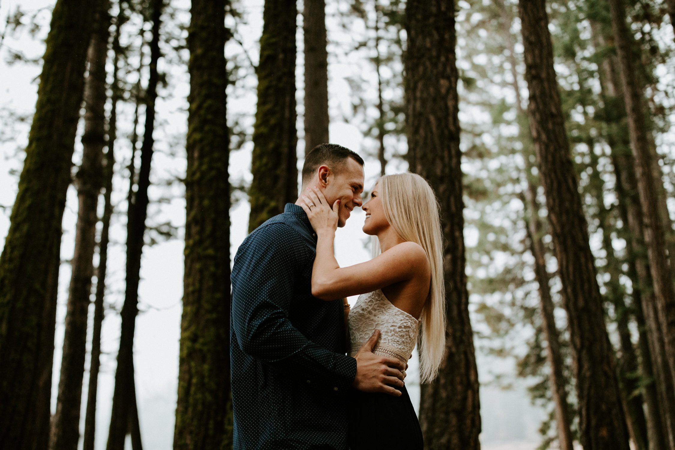 couple-intimate-engagement-session-northern-california-3.jpg