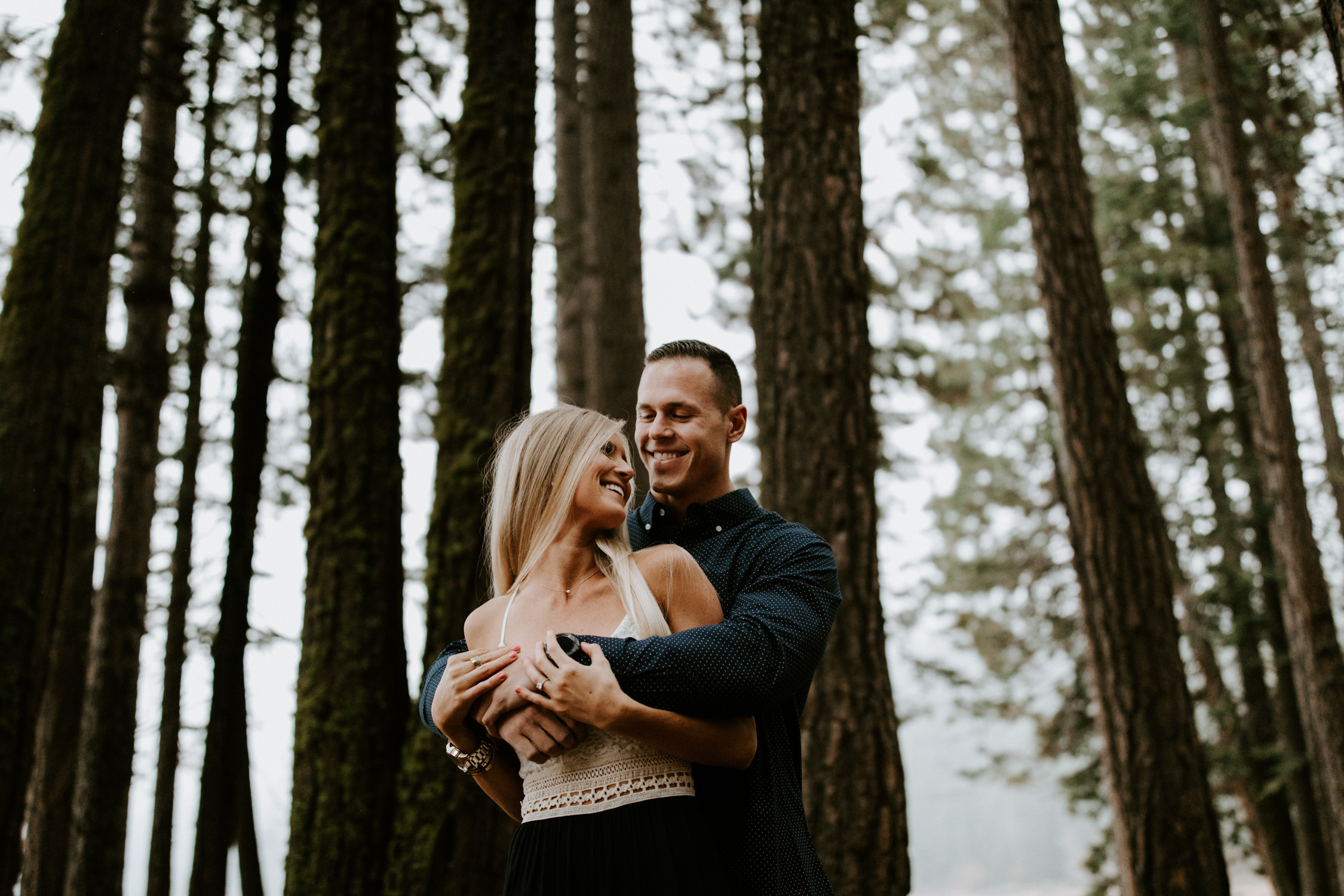couple-intimate-engagement-session-northern-california-5.jpg