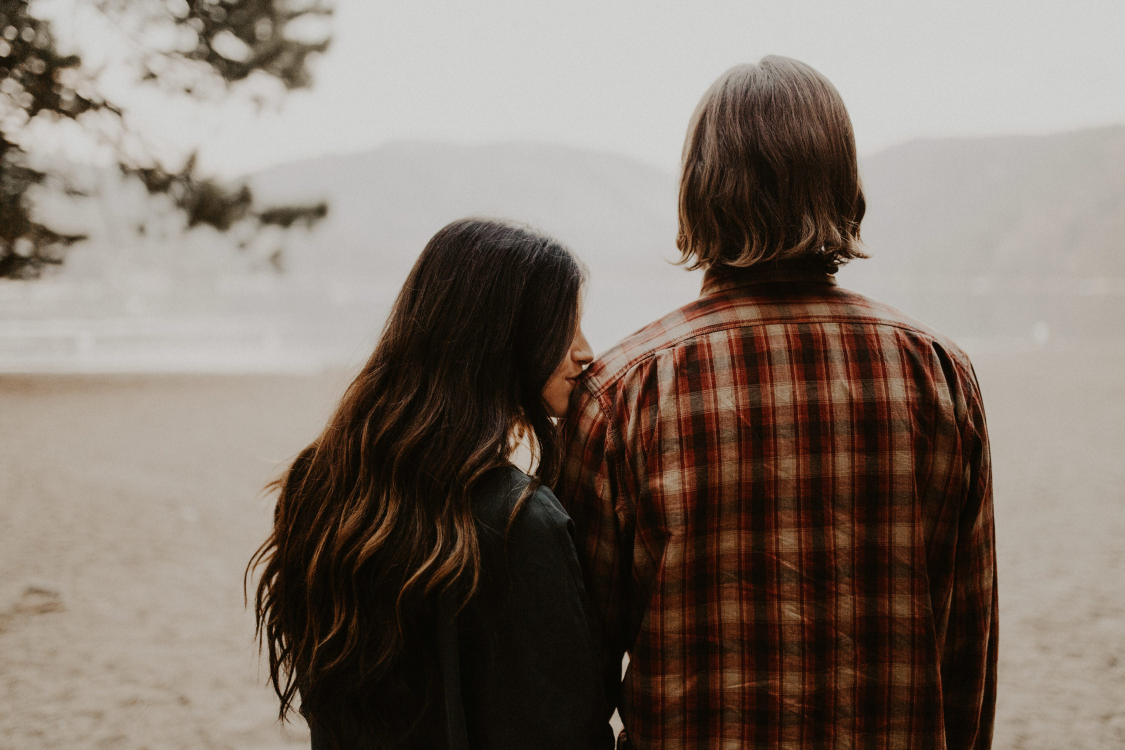 couple-intimate-engagement-session-northern-california-19.jpg