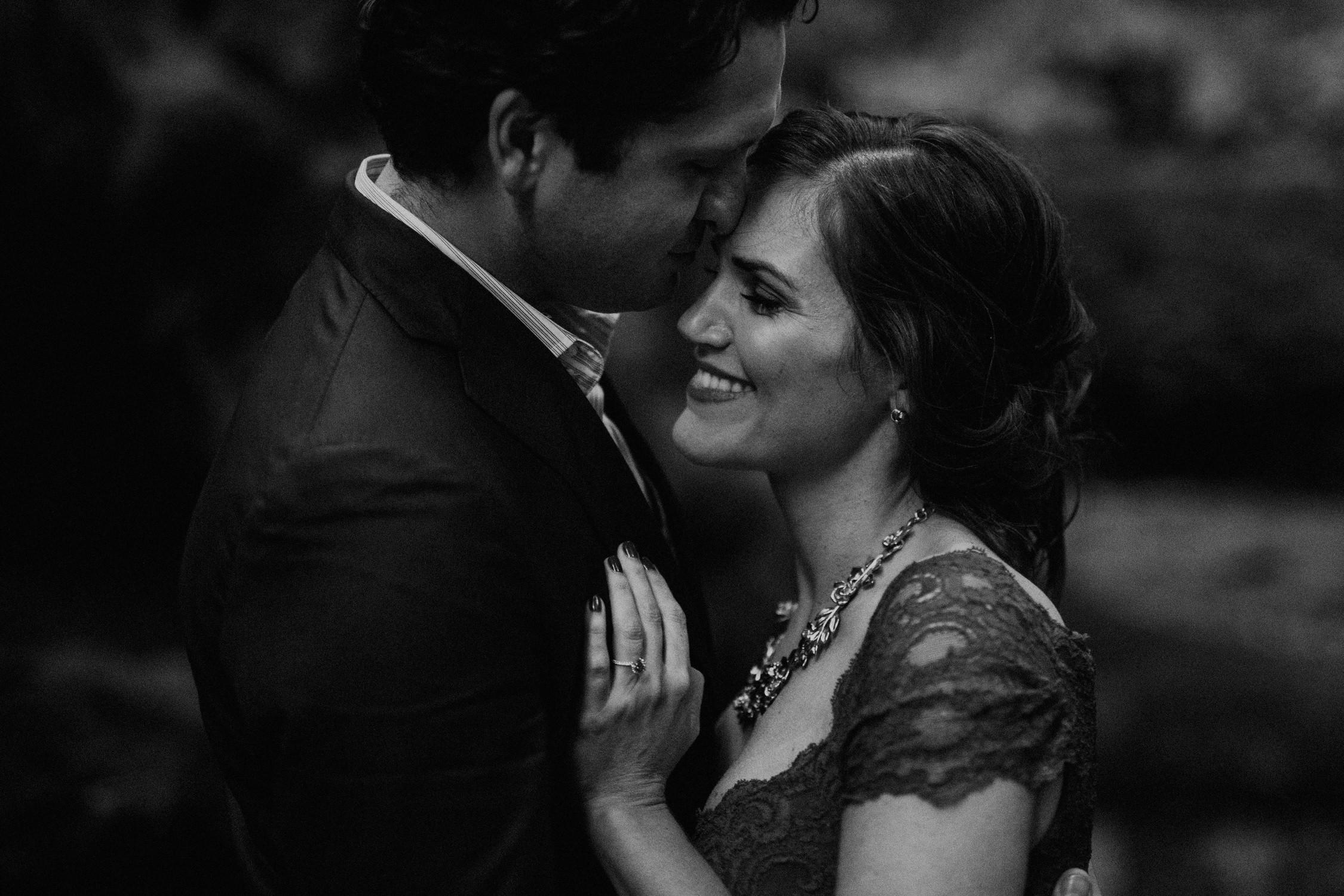 couple-intimate-engagement-session-mt-tam-43.jpg