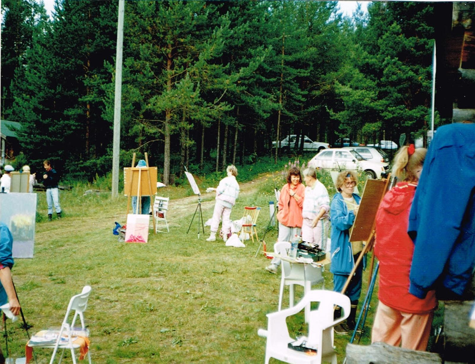 Kurssilaiset 1992 kuva 4.png