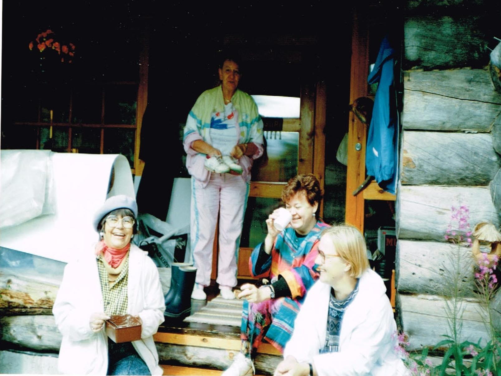 Kurssilaiset 1992 kuva 3.png