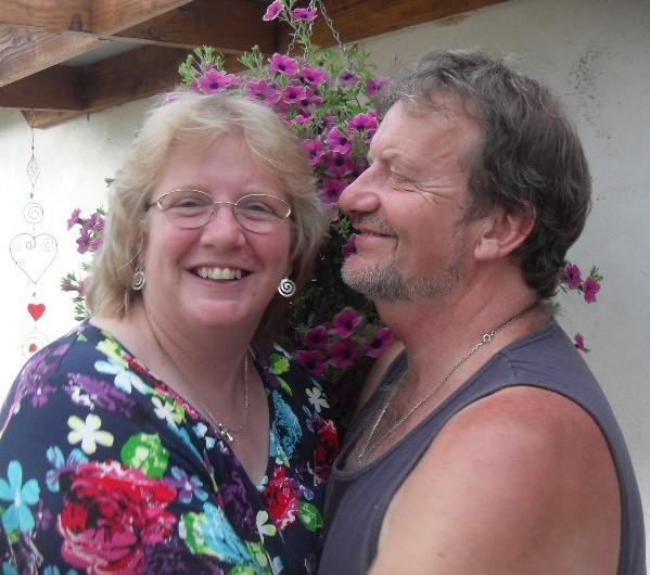 005 Mike and Leeanne.jpg
