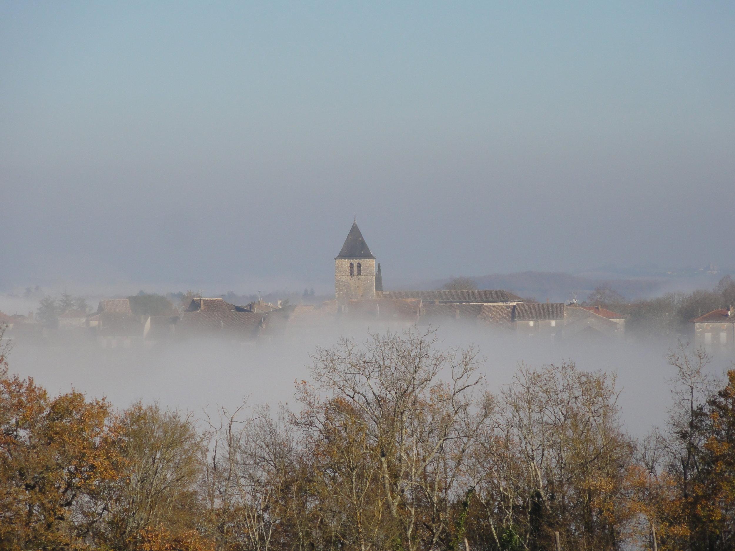 DSC06765 Beauville in clouds.JPG