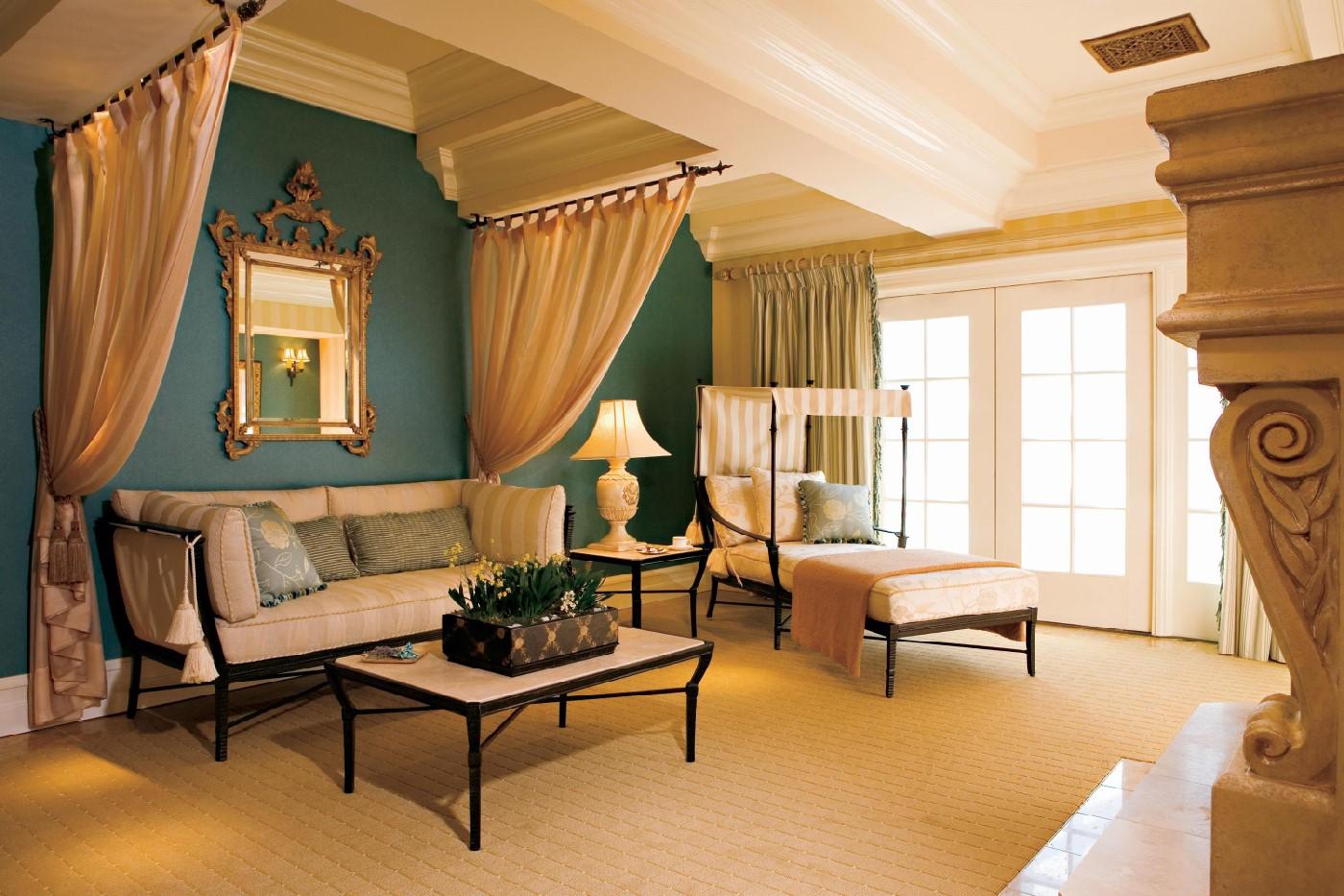 Grand Del Mar women's spa lounge.
