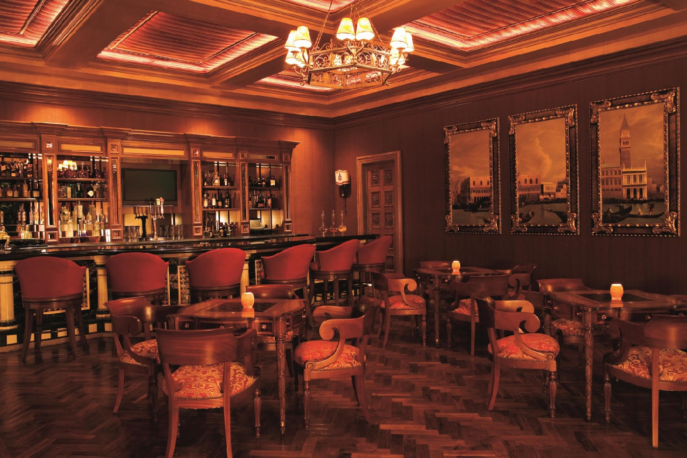Grand Del Mar bar.