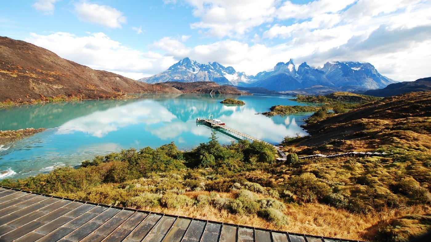 The lake and mountains surrounding Explora Patagonia Chile
