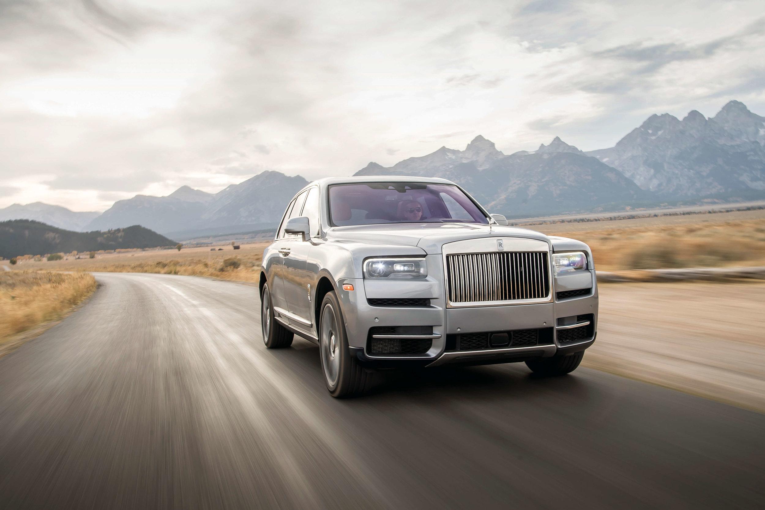 Rolls-royce-cullinan-min.jpg