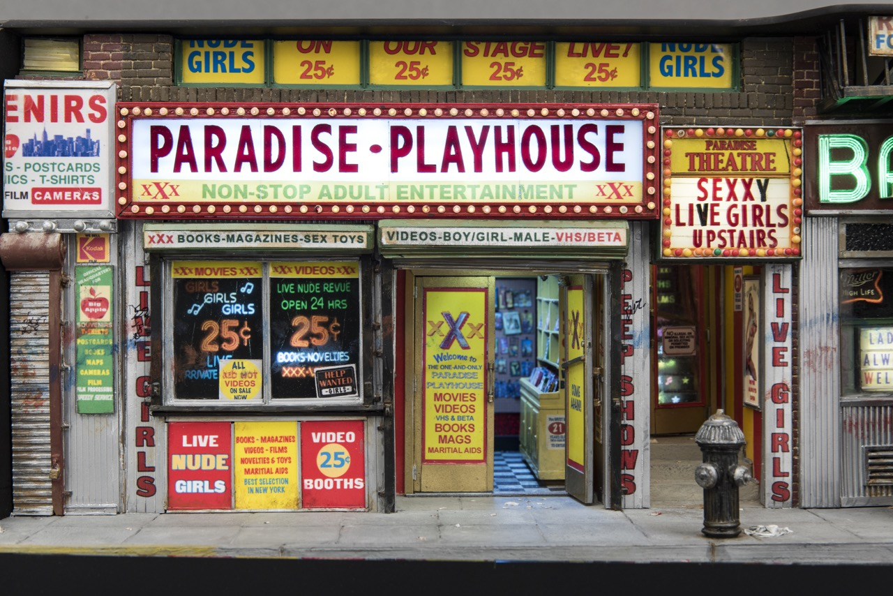 tiny-new-york-alan-wolfson-artist-miniature-sculptures-porn-theater.jpg
