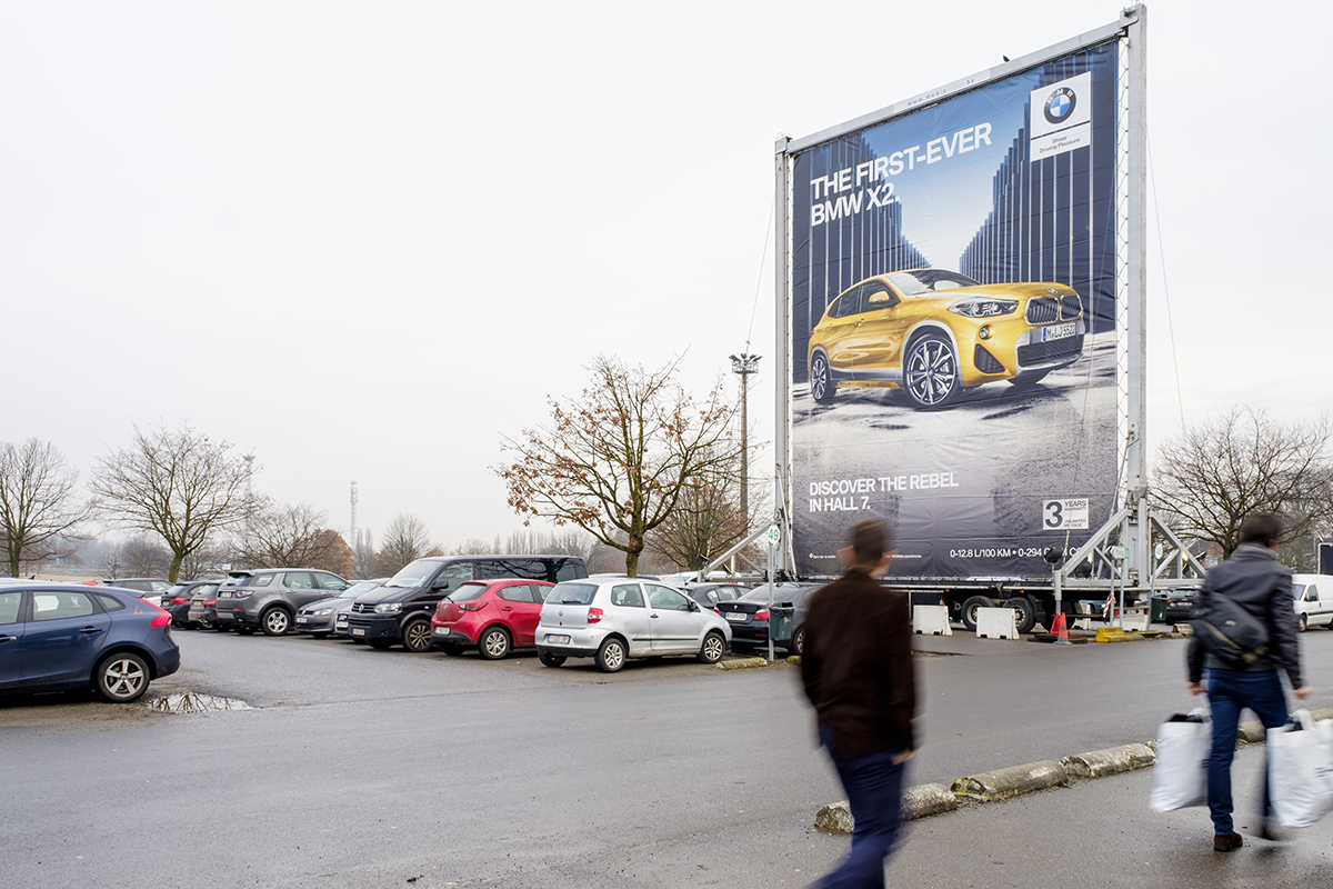 BMW (The Skyboard)