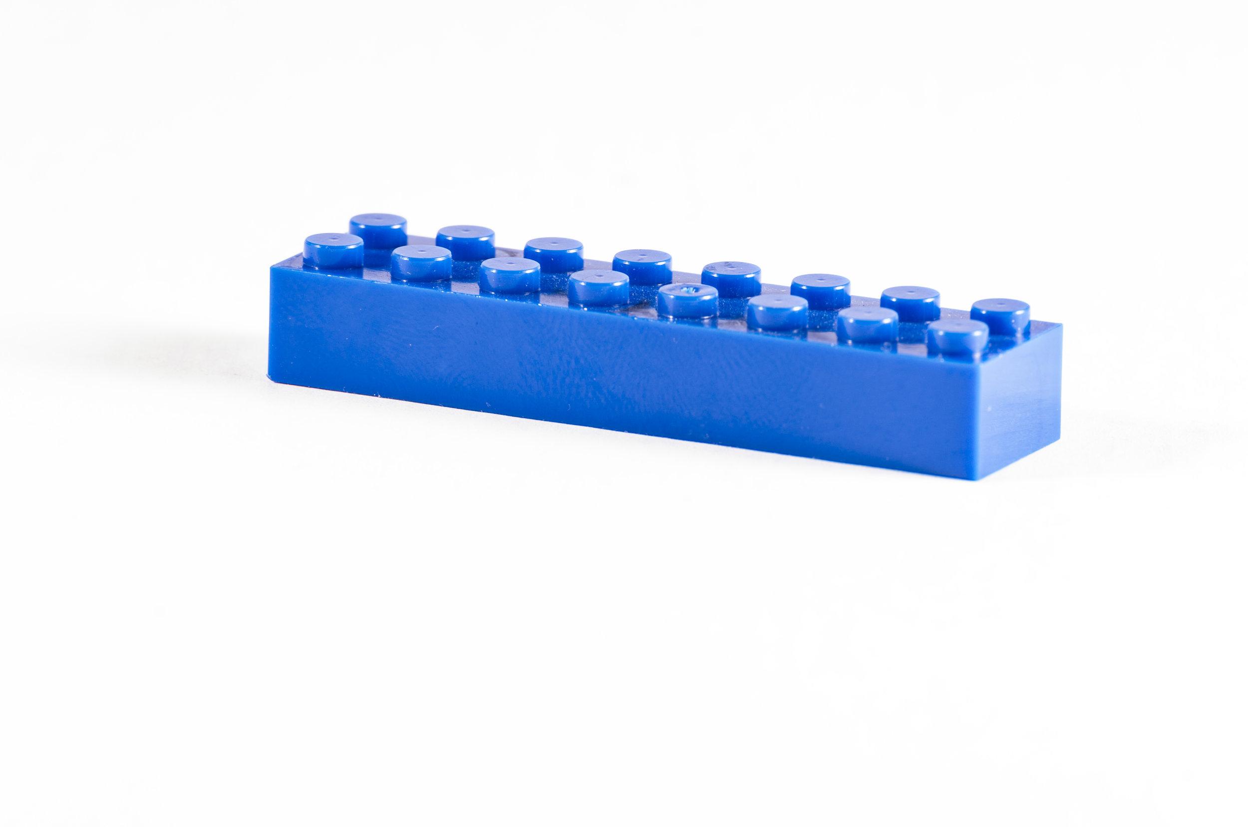 92 Brick 2X8_Blue_DSC_7823.jpg