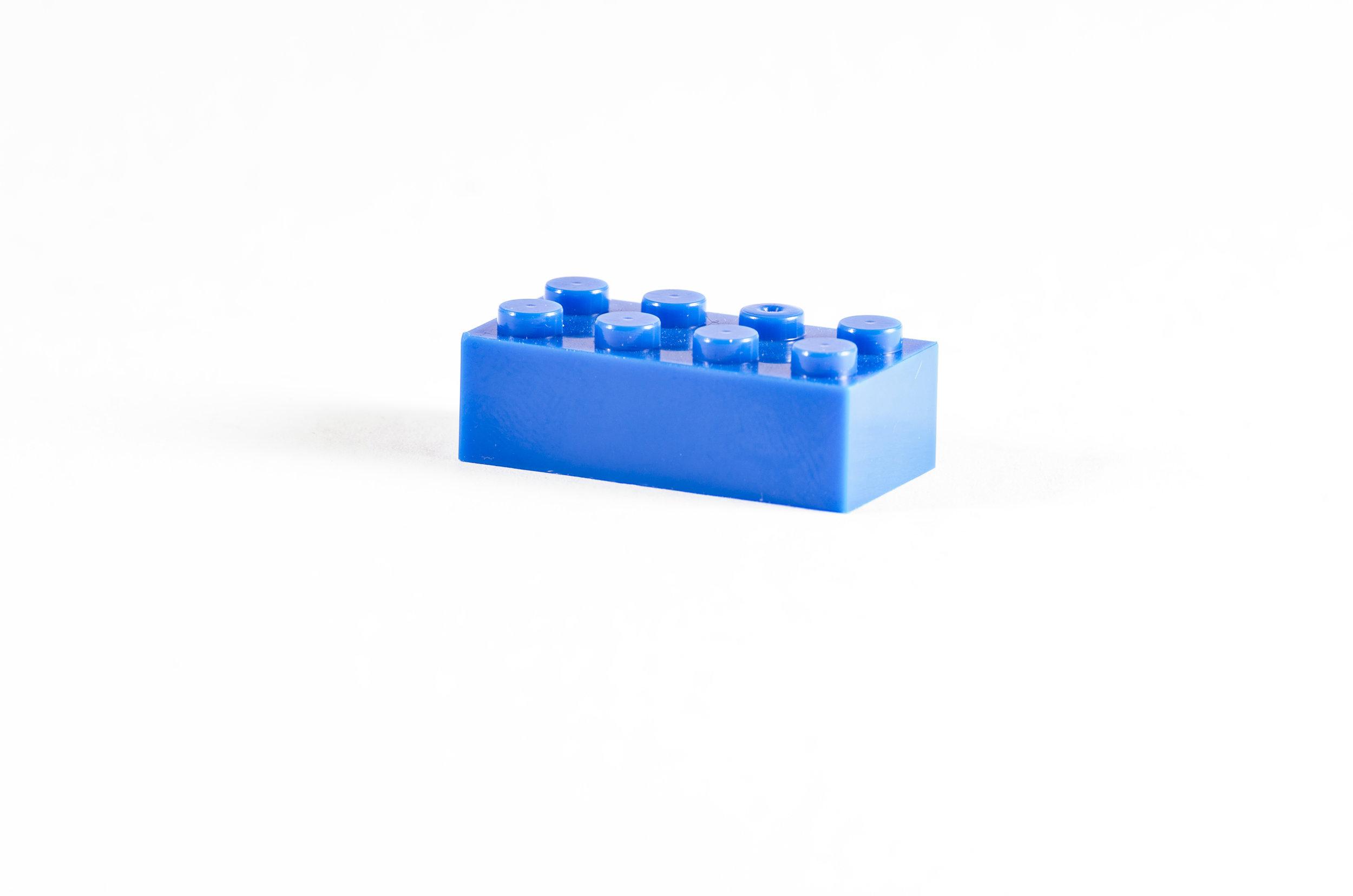 88 Brick 2X4_Blue_DSC_7819.jpg
