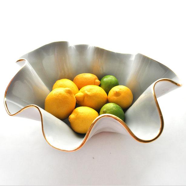 a-home-holiday-gifts-wavy-bowls-4.jpg