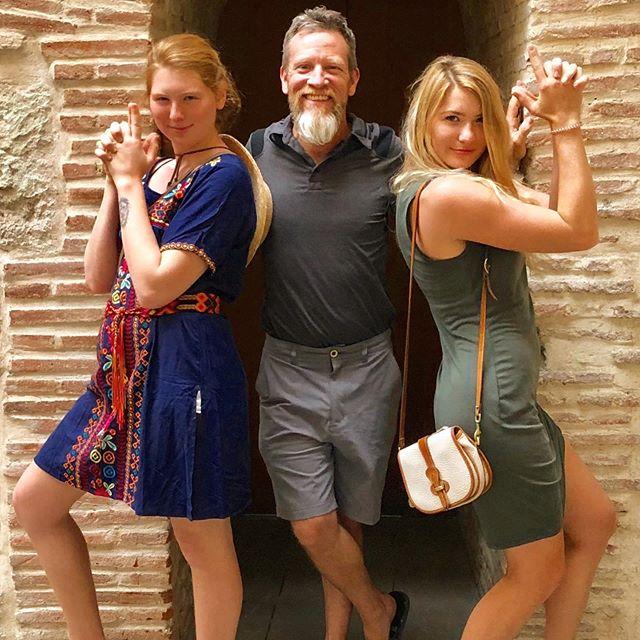 So happy to  have our daughters with us here in México! ❤️ ¡tan feliz de tener nuestras hijas con nosotros aquí en México! ❤️