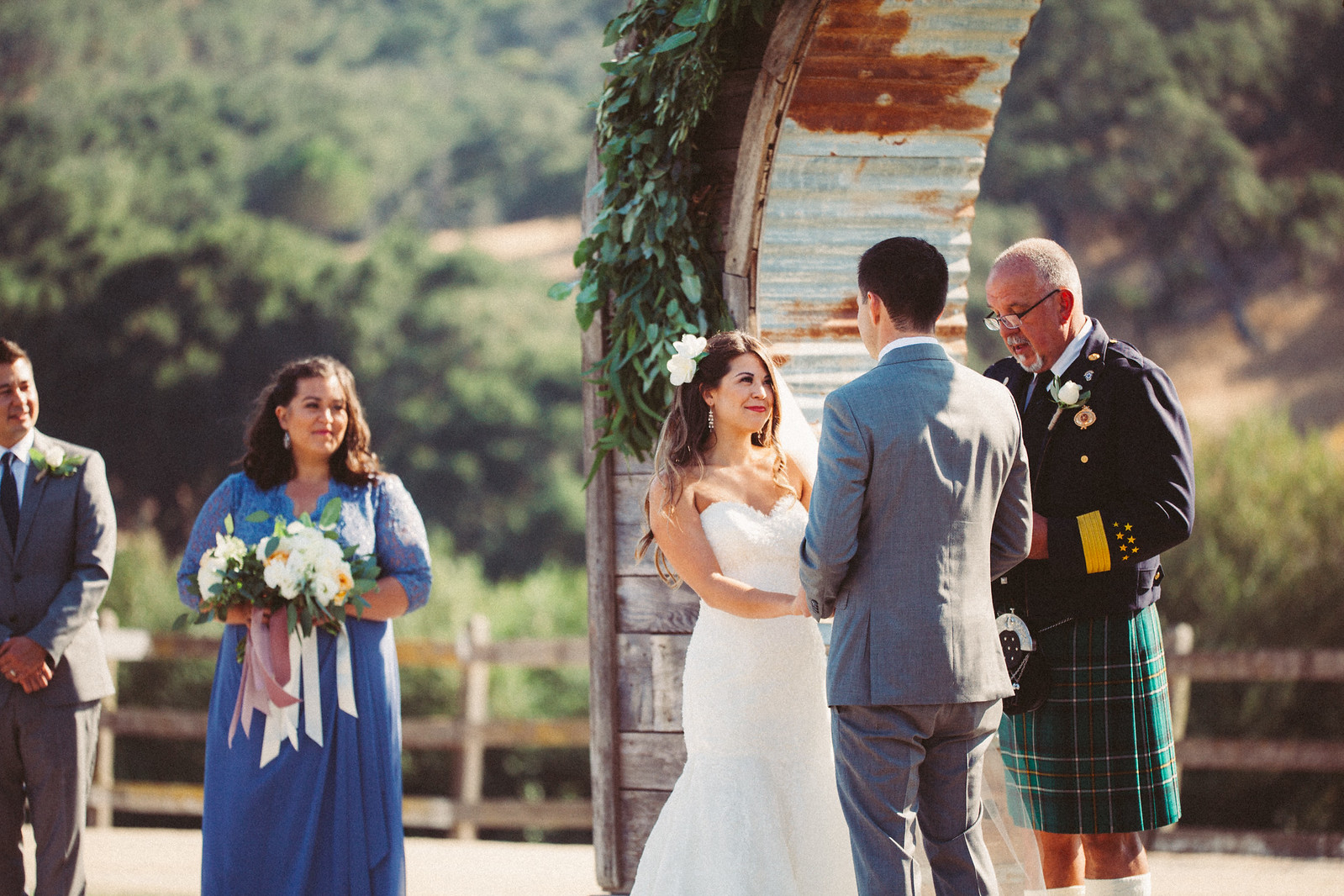 epiphany bride in justin alexander summer wedding