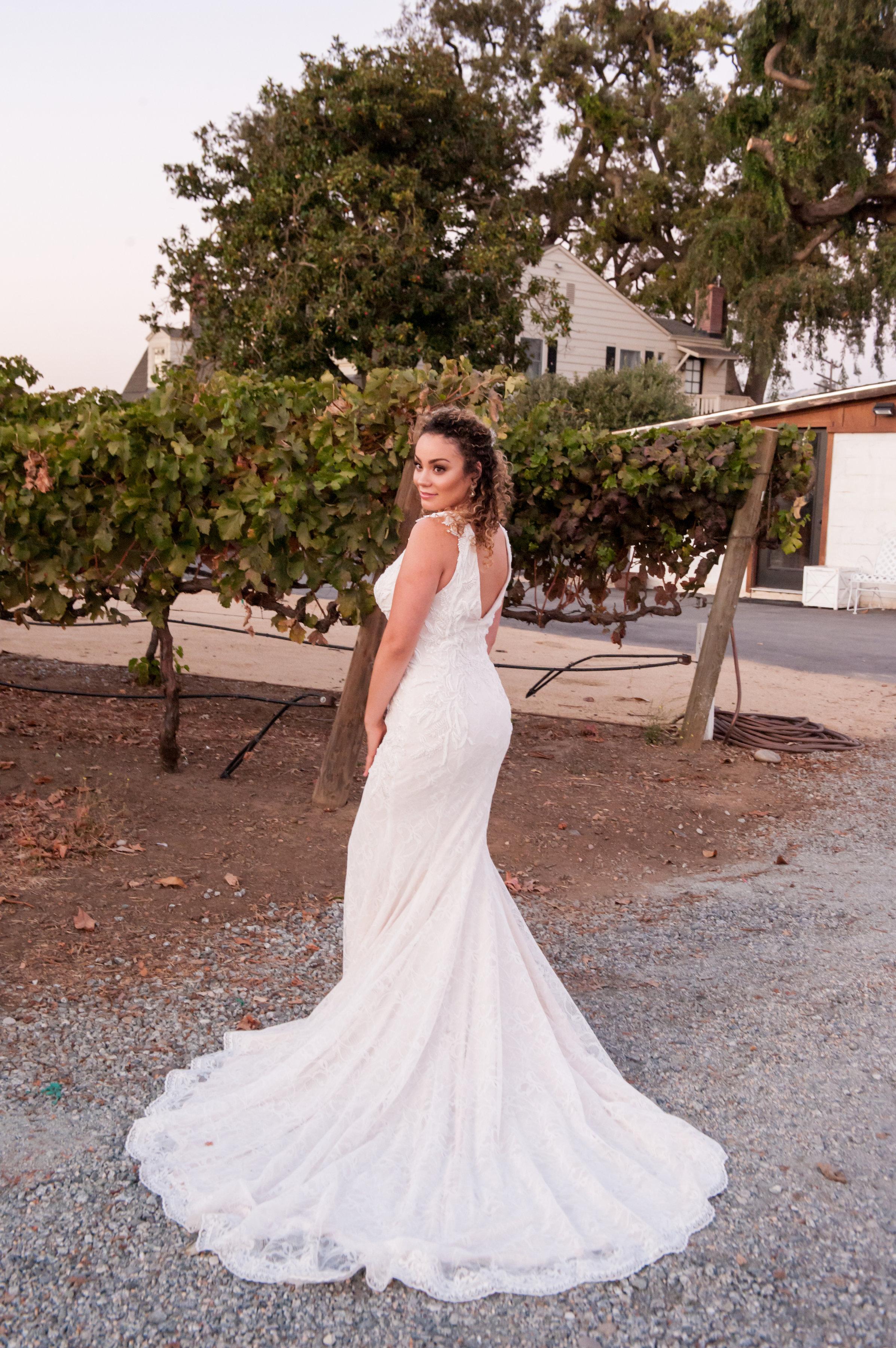 jen Vazquez wedding photography epiphany bride in Justin Alexander