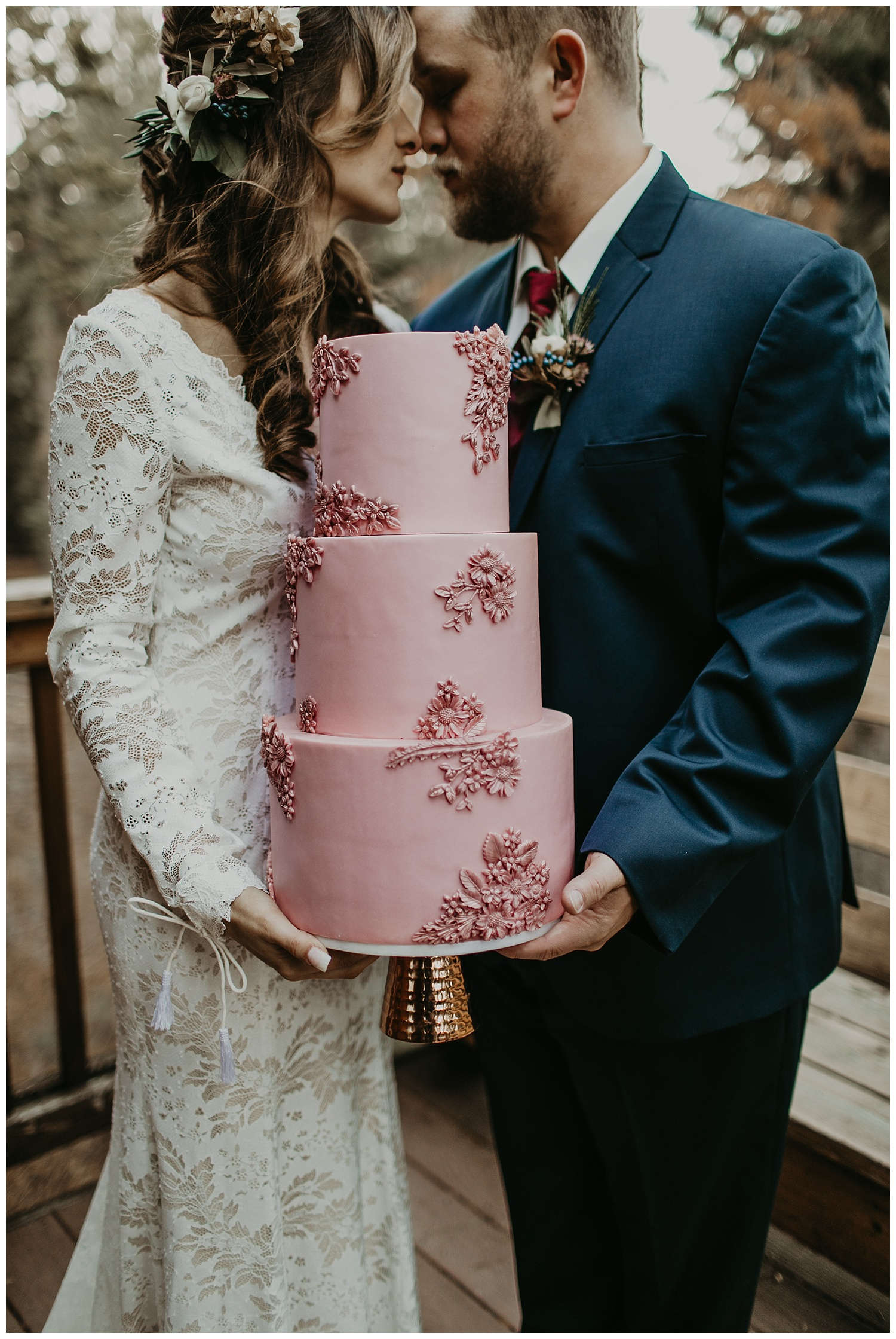 lake-tahoe-winter-wedding-blush-cake-cutting-celebration.jpg