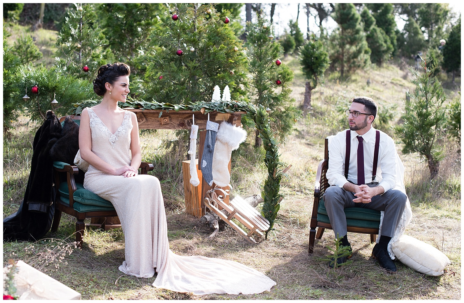 christmas-tree-farm-wedding-deocorations.jpg