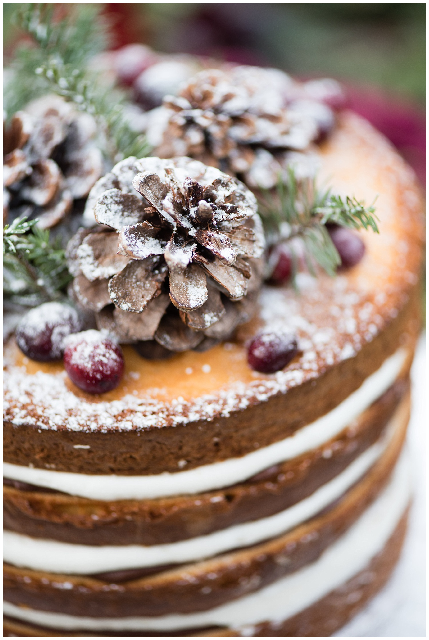 christmas-wedding-cake-holiday-california-forest.jpg