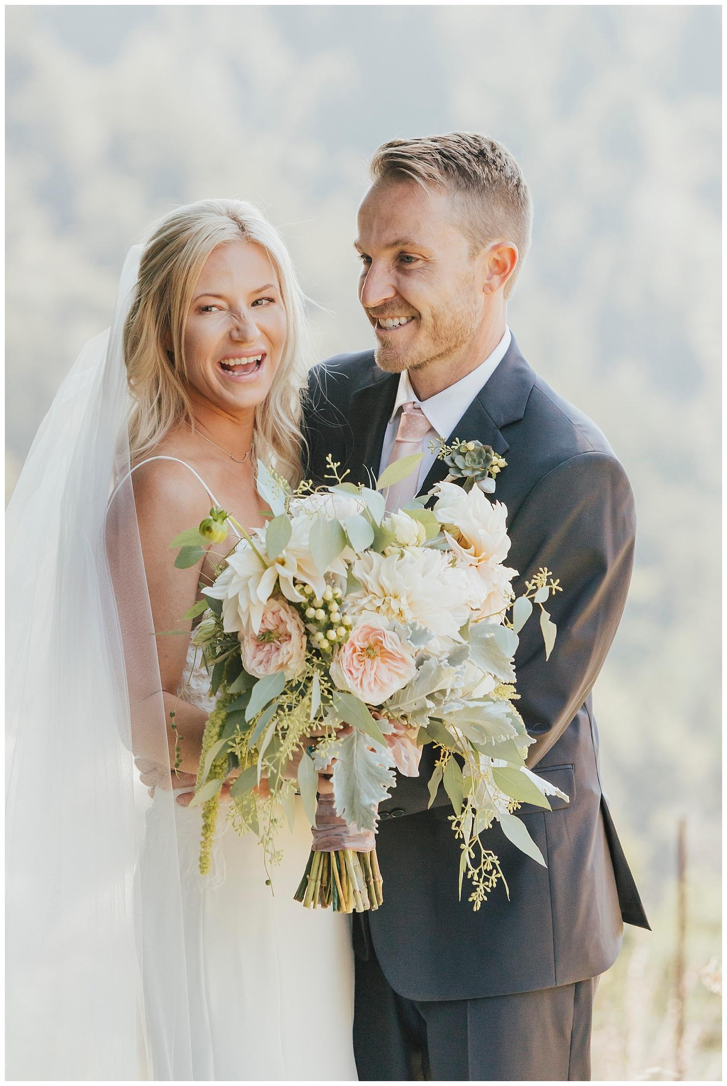 big-sur-wedding-bouquet-carol-oliva-photography.jpg