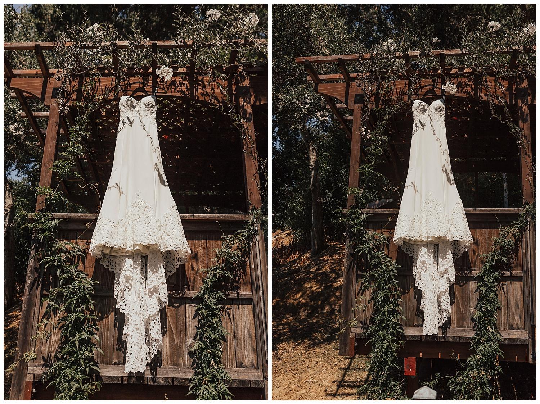 ridley-willowby-gown-big-sur-wedding-carol-oliva-photography.jpg