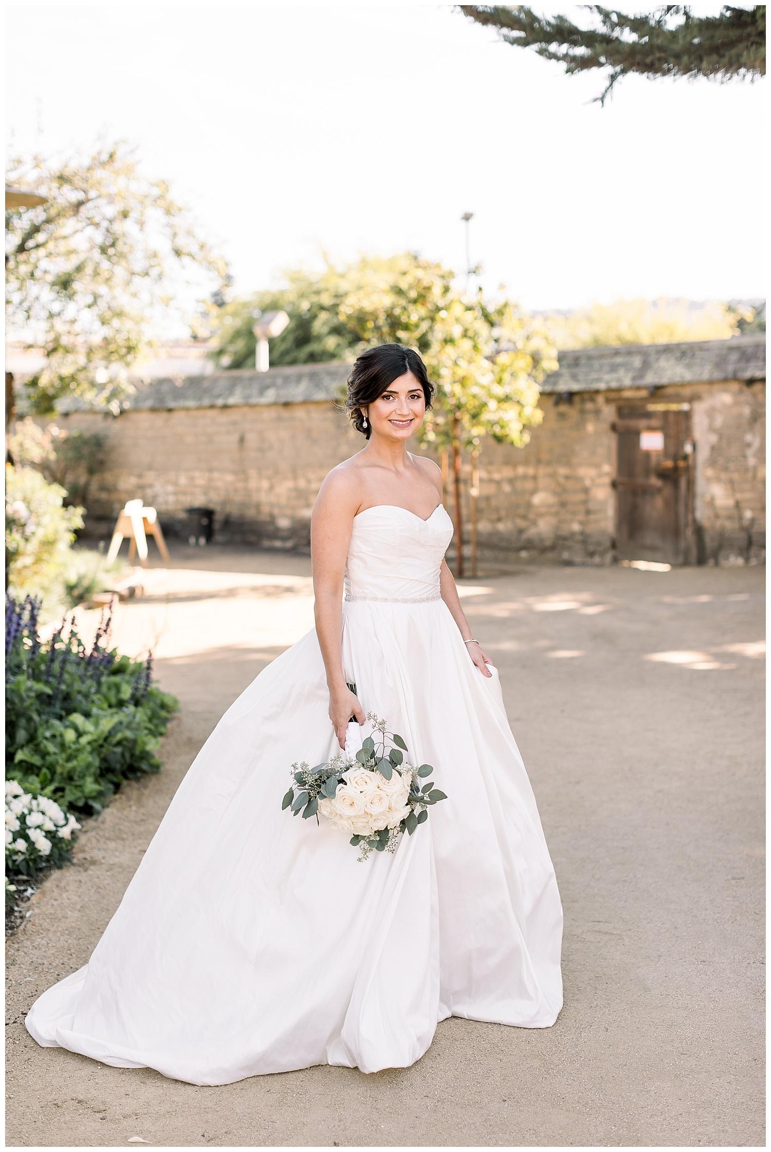 the-barns-cooper-molera-summer-bride-wedding-dress-ags-photoart-epiphany-boutique.jpg