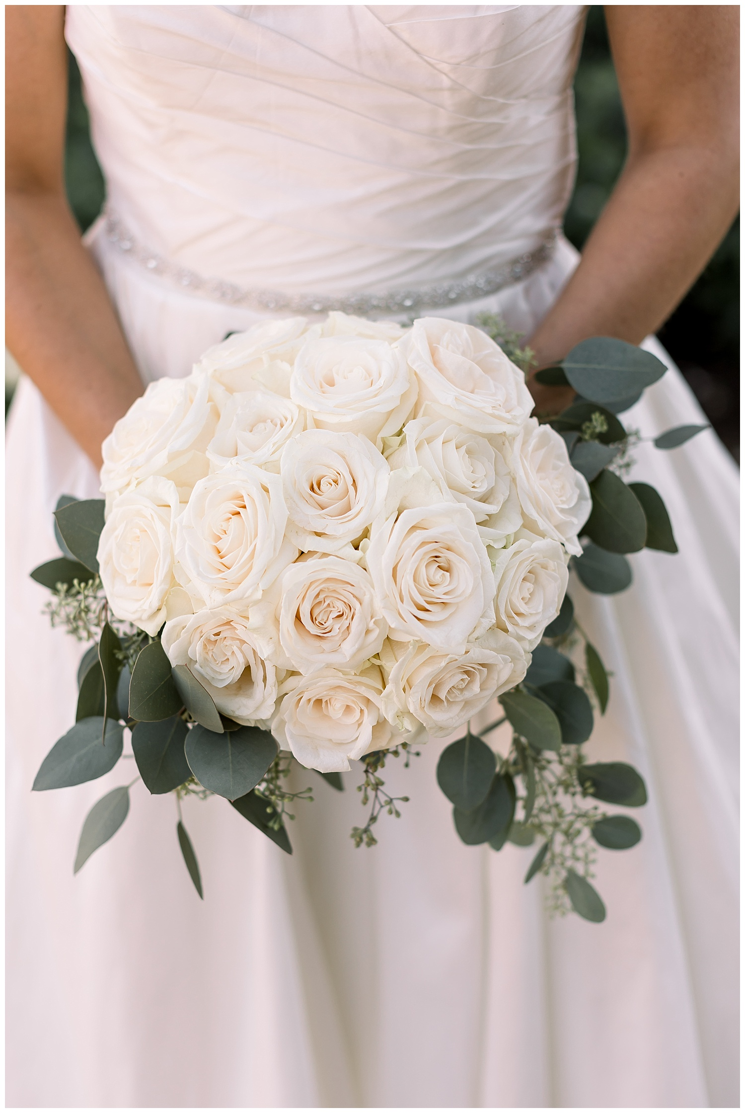 the-barns-summer-bridal-bouquet-ags-photoart.jpg