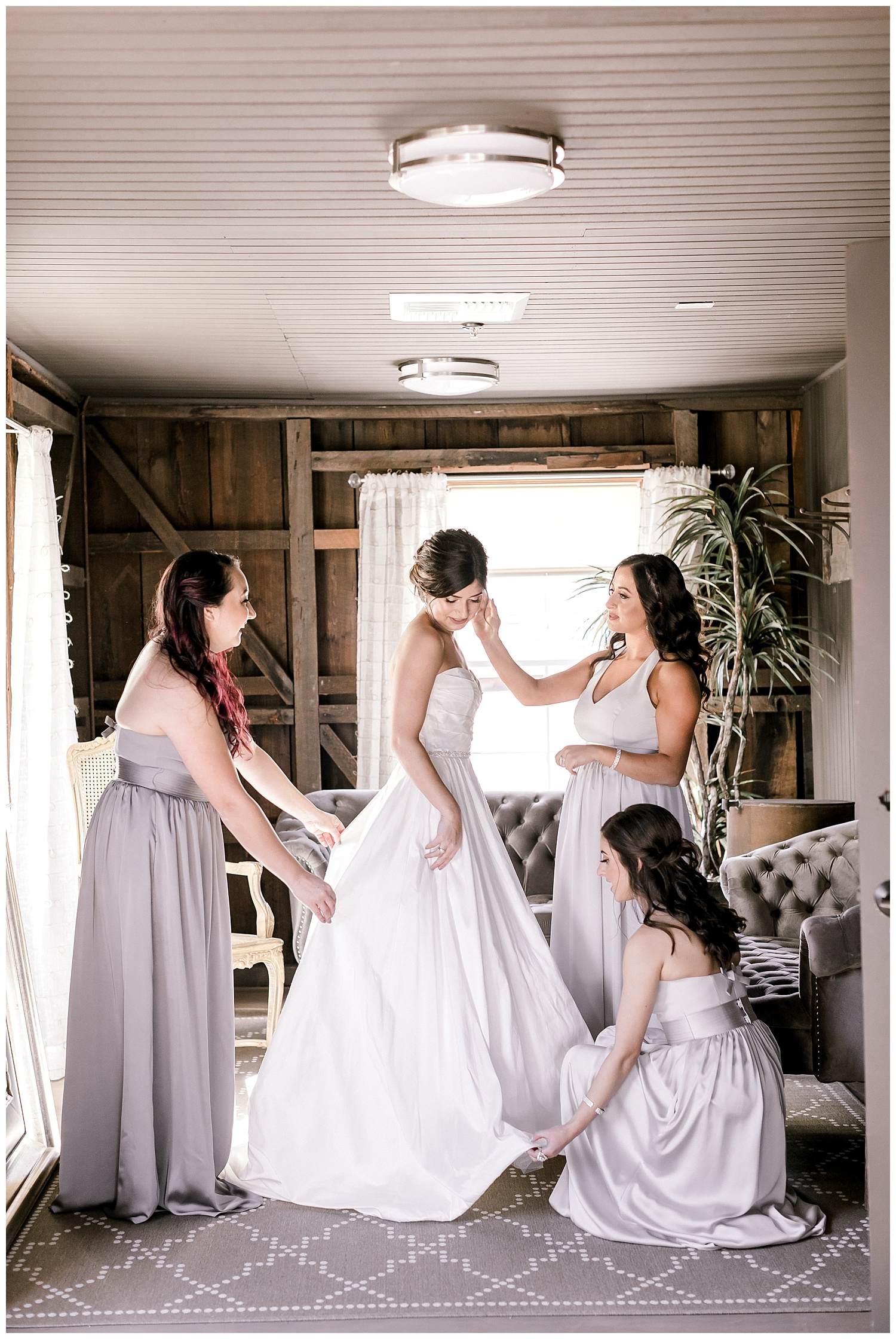 the-barns-cooper-molera-bridal party-in-suite-ags-photoart.jpg