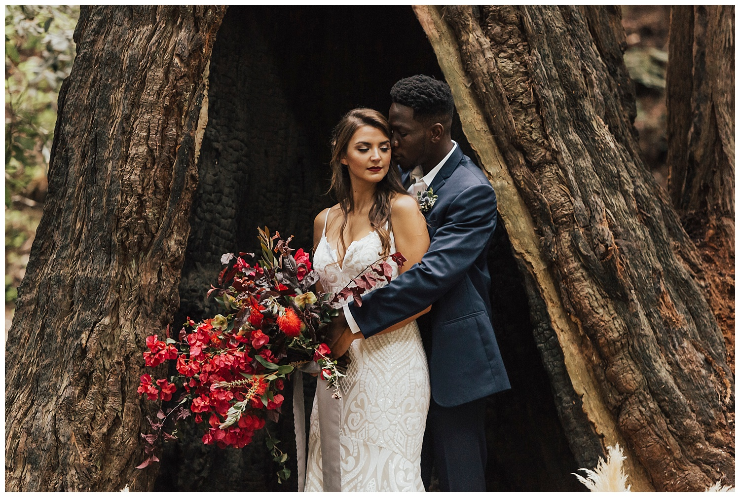 Big-sur-wedding-portrait-woods-boho-bride-inspiration-lush-bouquet.jpg