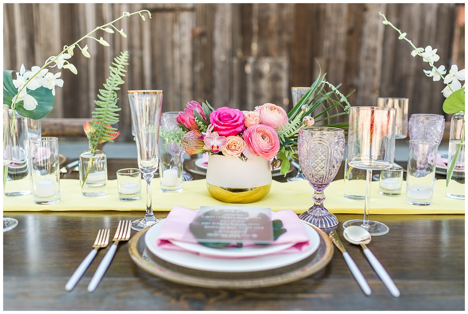 Tropical-table-design-flourish-florals-all-about-events.jpg