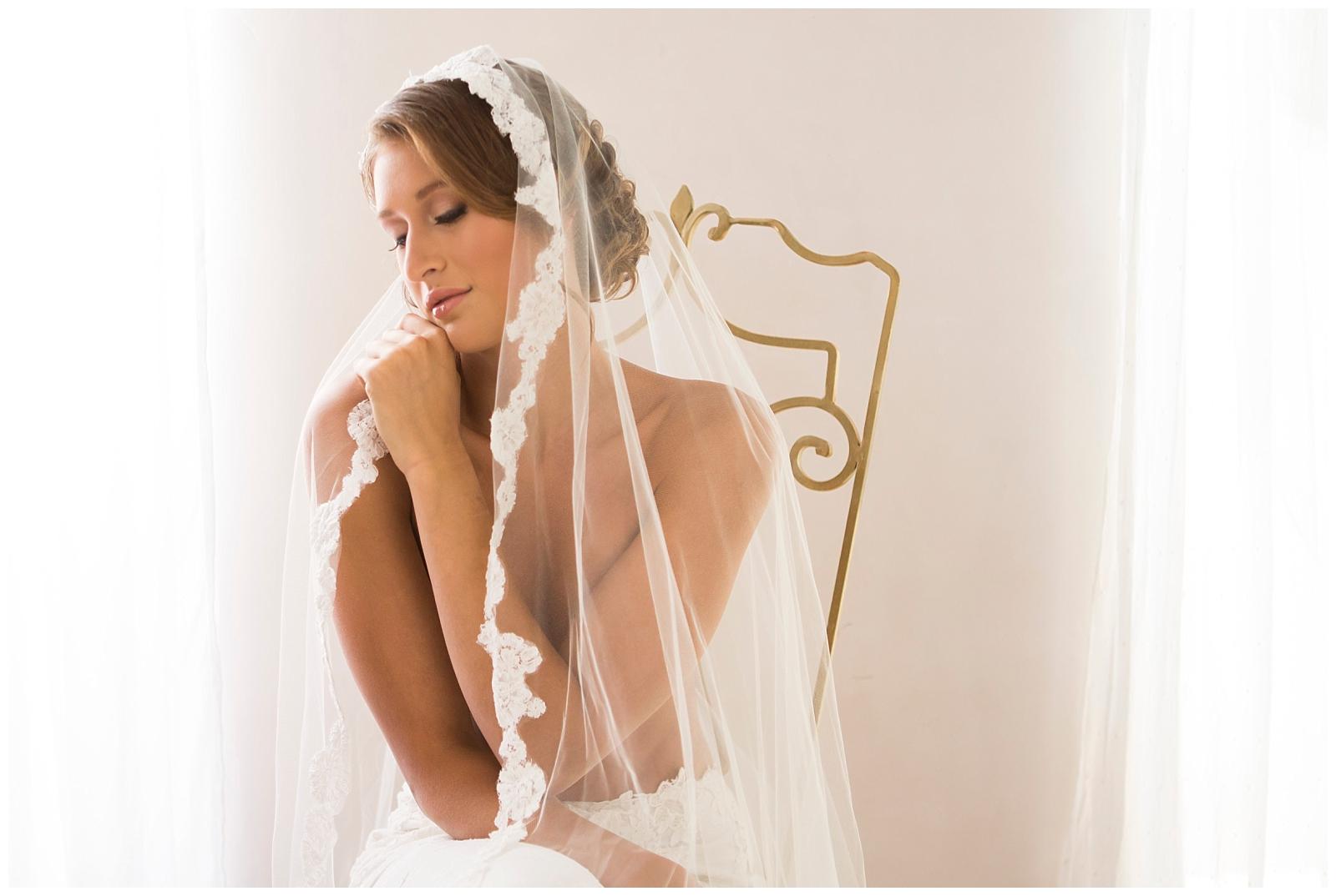 Bridal-Veil-inspiration-Epiphany-Boutique-boudoir-Carol-Oliva-Photography.jpg
