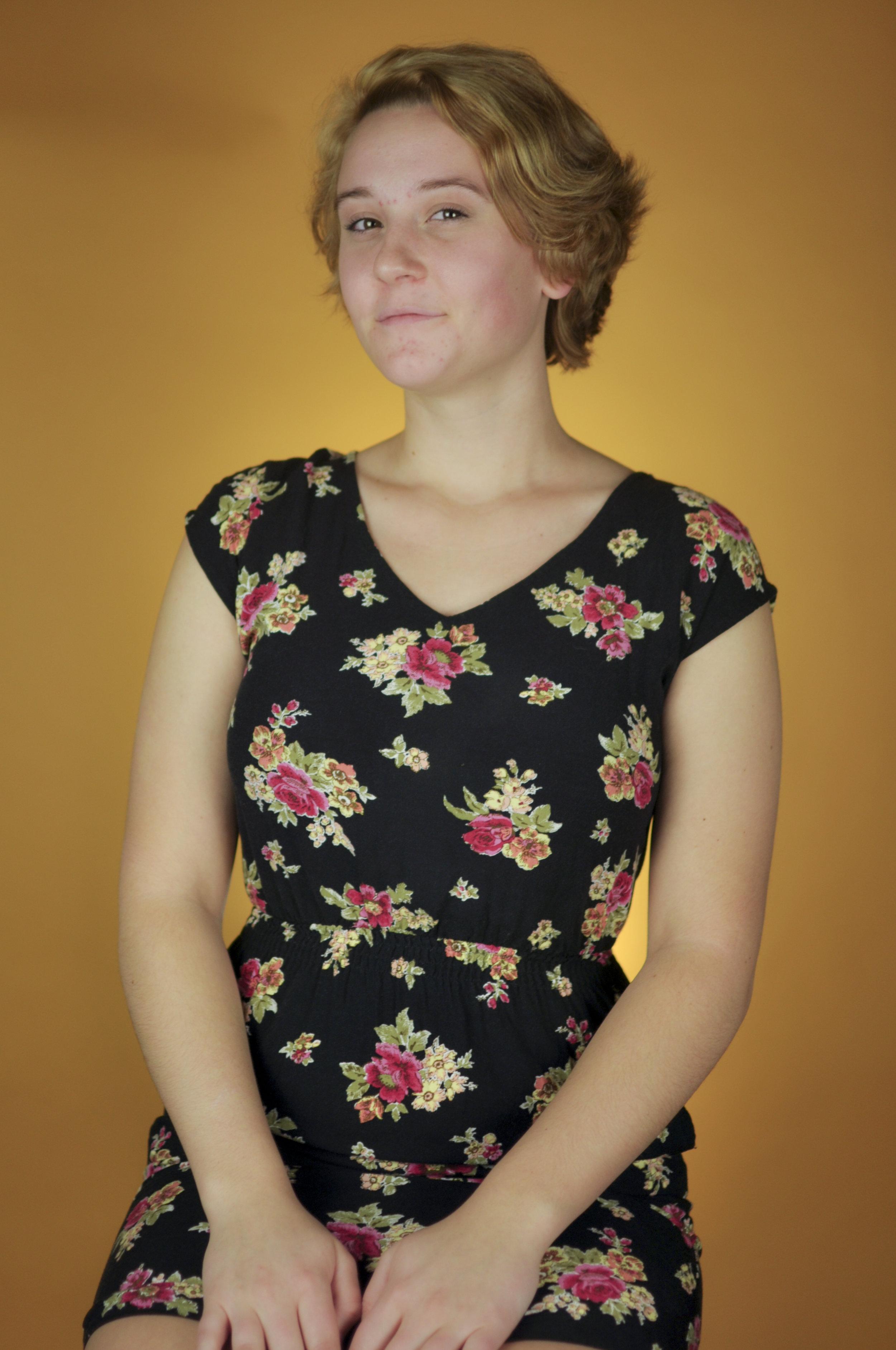 Isabella Dunn as Jenny Hill