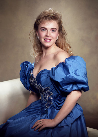 1992 Elizabeth Hiter