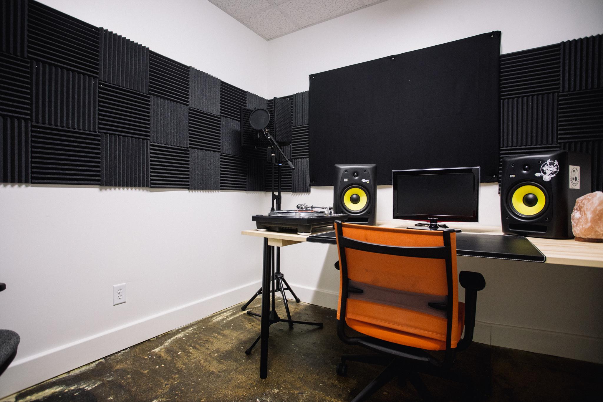 Audio C.jpg