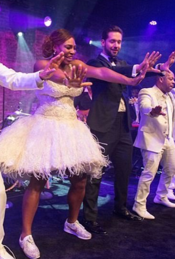 Serena dances in her Michelle Meneses' designed shoes