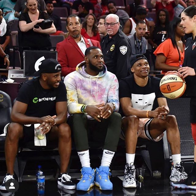 Men supporting women's sports! 🏀🏀@cp3, kingjames, and @russwest44 attended last night's 🗽 @nyliberty vs ♠️ @lvaces game!  _______________________________________ #nba #wnba #chrispaul #lebronjames #russellwestbrook #lvaces #nyliberty #basketball #supportswomenssports #womenssports