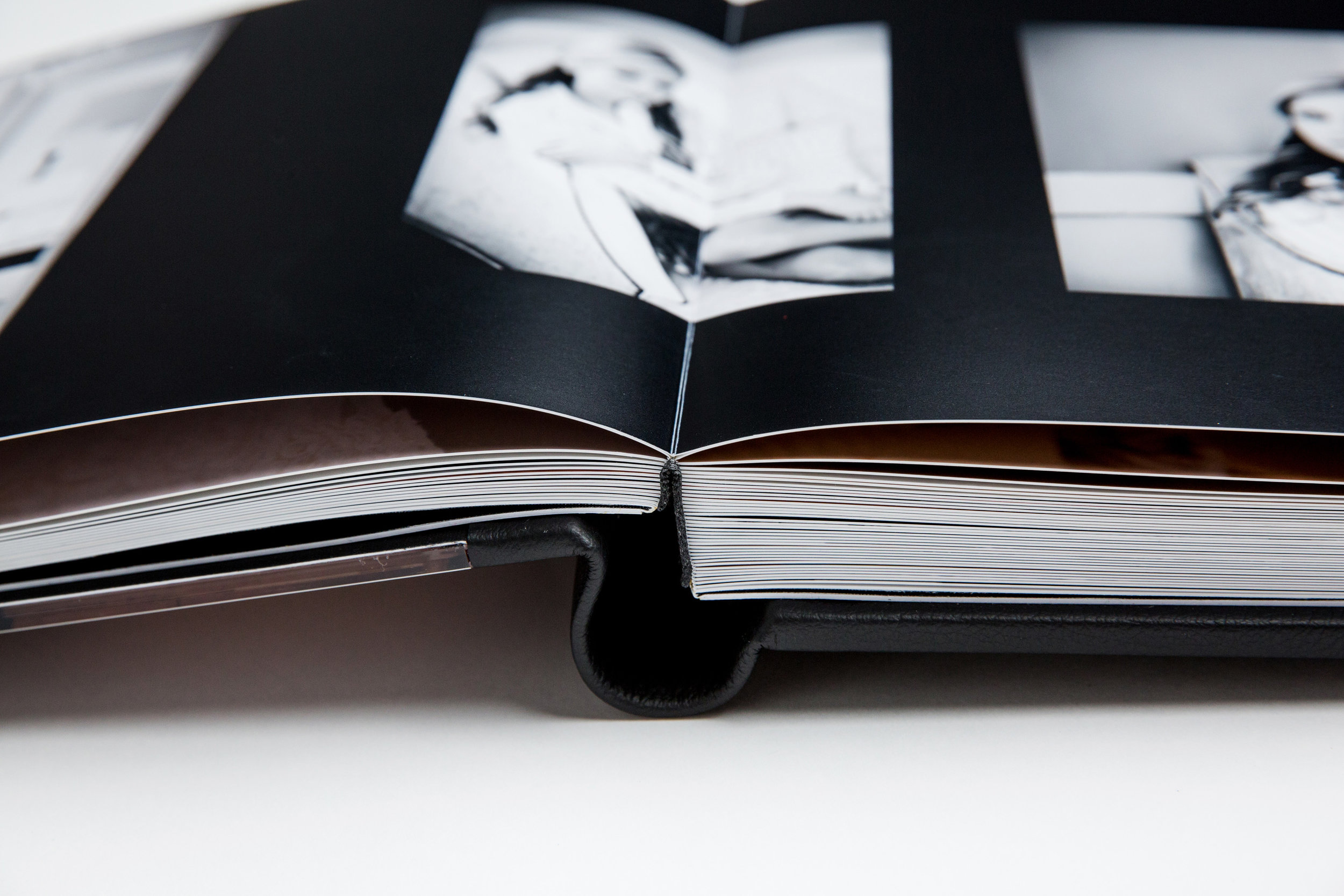 GraphiStudio Wedding Album Binding Italian Leather Wedding Photography